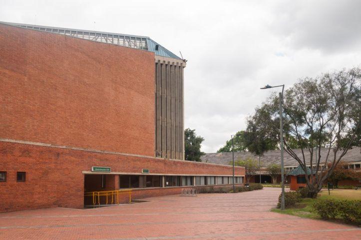 5-02-Coliseo el Salitre -024Fachada024-David Cardenas_result.jpg
